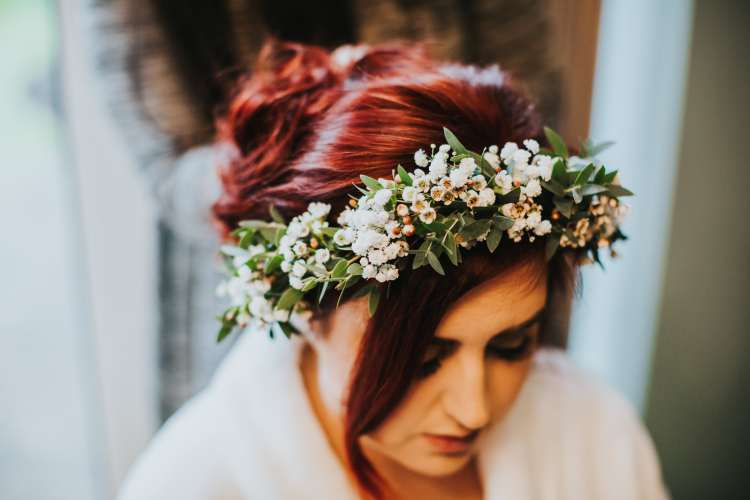 LORA CHRIS WEDDING BUDDING FLORAL DESIGNS FLOWERS RUSTIC WEDDING COUNTRY VINTAGE FLOWERS PETE HUGO PHOTOGRAPHY WEDDING FLOWERS 5-min