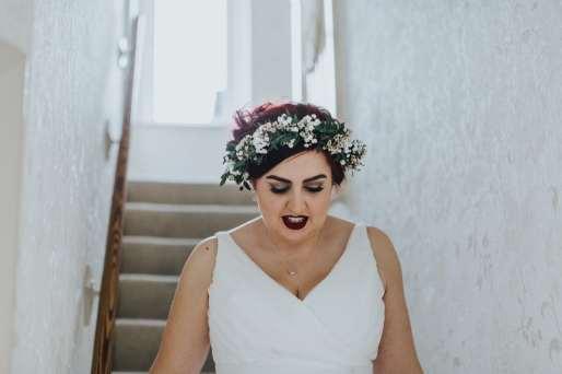 LORA CHRIS WEDDING BUDDING FLORAL DESIGNS FLOWERS RUSTIC WEDDING COUNTRY VINTAGE FLOWERS PETE HUGO PHOTOGRAPHY WEDDING FLOWERS 6-min