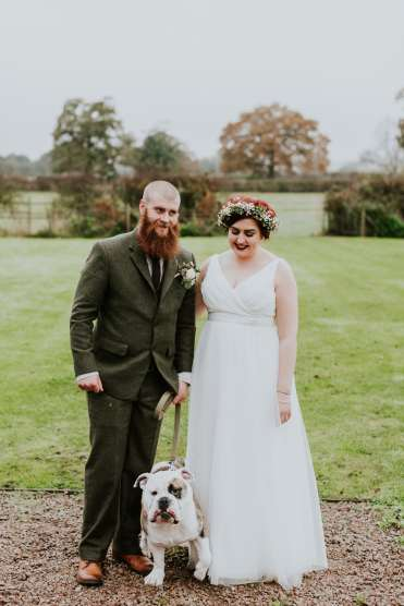 RUSTIC WEDDING SIMPLERUSTIC COUNTRY WEDDING DARK GREEN THEME WEDDING TWEED WEDDING WEDDING SERIES BLOG WEDDING REVIEW TWEED SUIT WEDDING TWEED SUIT STUDIO SUITS REVEIW ONLINE SUITS THREE