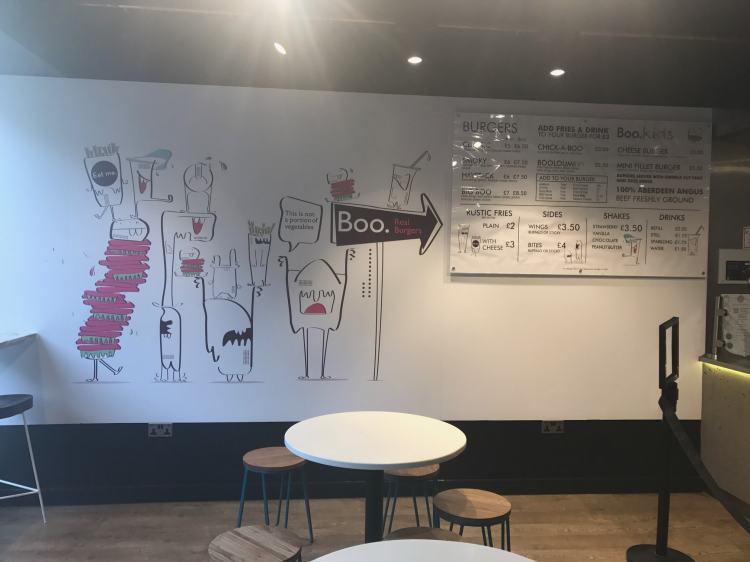 BOO BURGER LEICESTER BURGER BAR POSH FAST FOOD FAST FOOD REVIEW HALLOUMI BURGER 2-min
