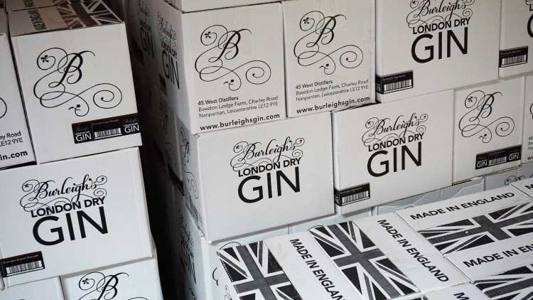 BURLEIGH GIN TOUR BURLEIGH GIN ARTISAN GIN GIN TOUR REVIEW LOUGHBOROUGH LOCAL GIN 4-min