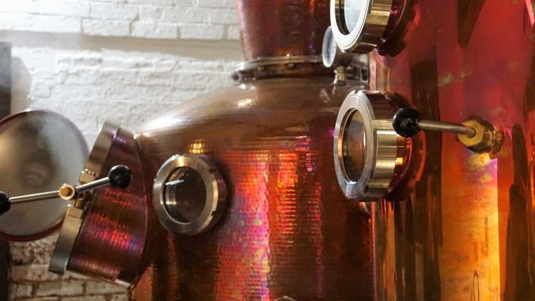 BURLEIGH GIN TOUR BURLEIGH GIN ARTISAN GIN GIN TOUR REVIEW LOUGHBOROUGH LOCAL GIN 6-min